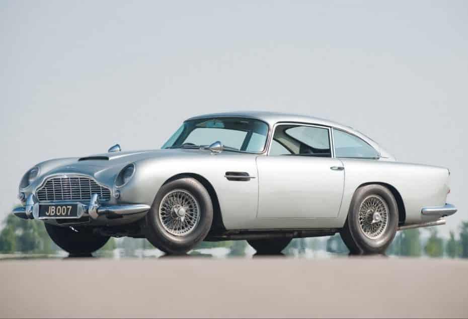 El Aston Martin DB5 de James Bond vuelve a la vida de manera oficial: 25 unidades que valen oro