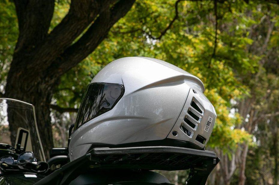 Feher ACH-1: El casco con aire acondicionado que desearás tener en verano