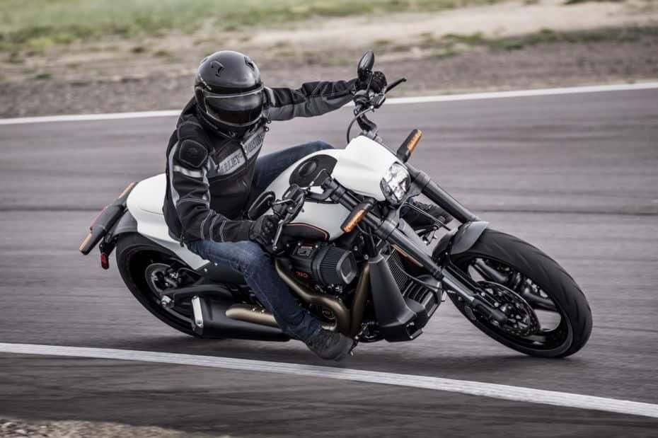 Llega la Harley-Davidson FXDR 114: La Softail más poderosa del mercado