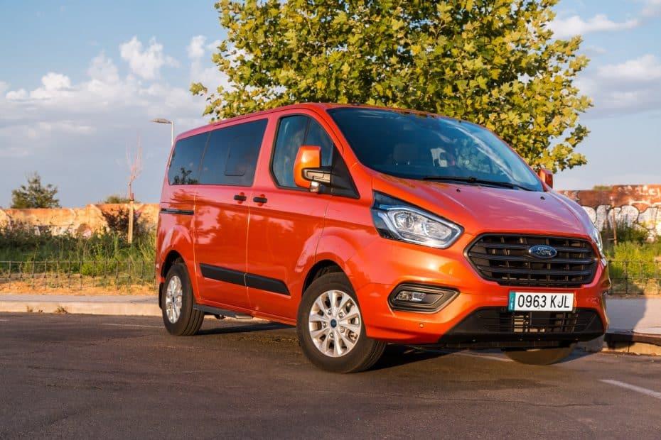 Prueba Ford Transit Custom Kombi Trend L1 2.0 TDCi 170 CV: Un comercial con tecnología de turismo
