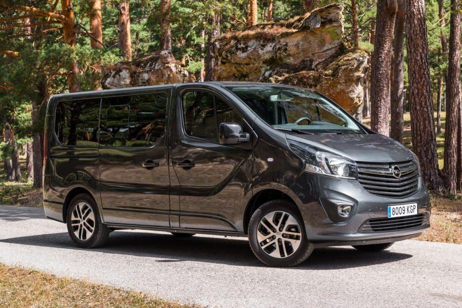 Prueba Opel Vivaro Tourer Corto 1.6 CDTi 145 CV: Un comercial adaptado a la vida familiar