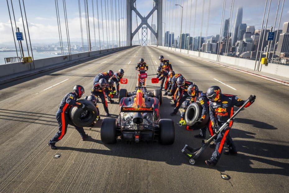 De San Francisco a Las Vegas en un Red Bull RB7 y con Daniel Ricciardo al volante