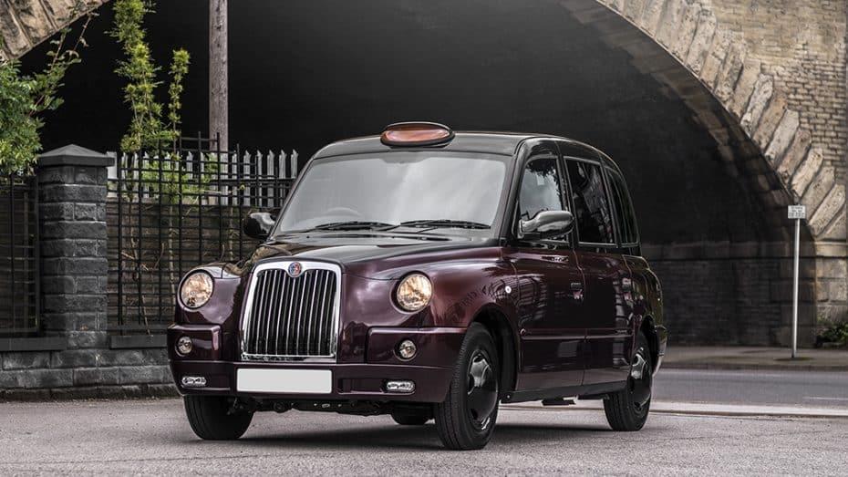 Kahn Design se atreve con el icónico taxi de Londres ¡Así es el TX4 Last Of Line Edition!