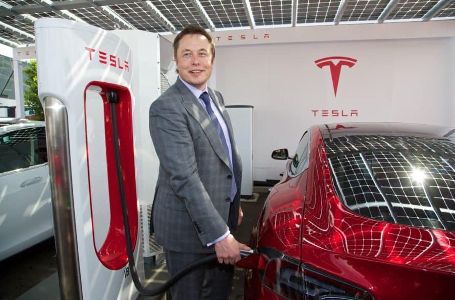 Elon Musk quiere desconectar a Tesla de la Bolsa