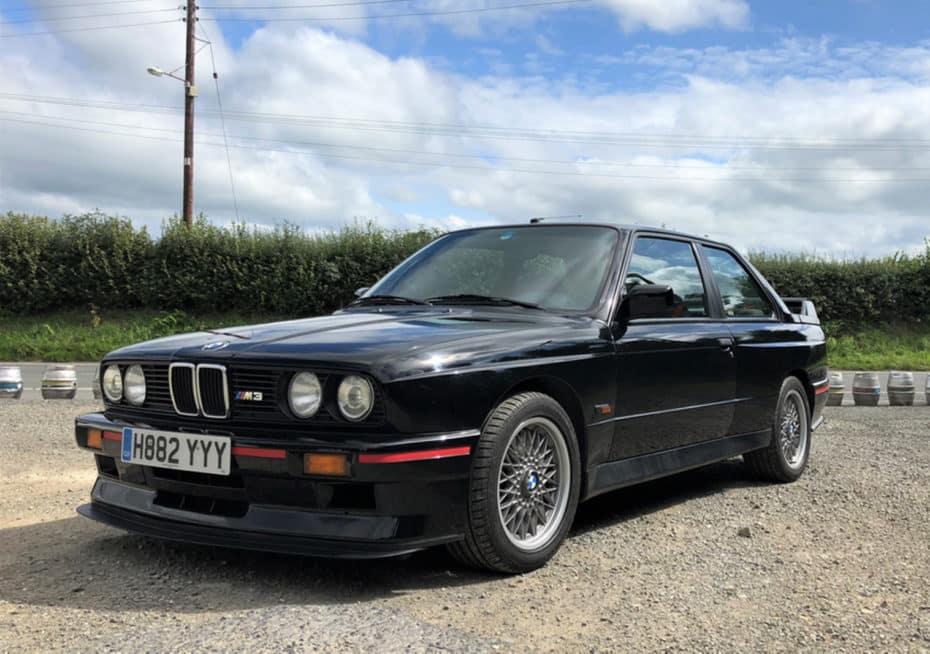 Este BMW M3 E30 Evo suma 247.000 kilómetros pero su precio sigue estando por las nubes