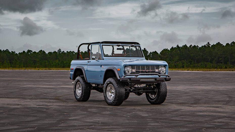 Este Ford Bronco de 1973 está como nuevo tras 1.500 horas de trabajo ¡Y puede ser tuyo!