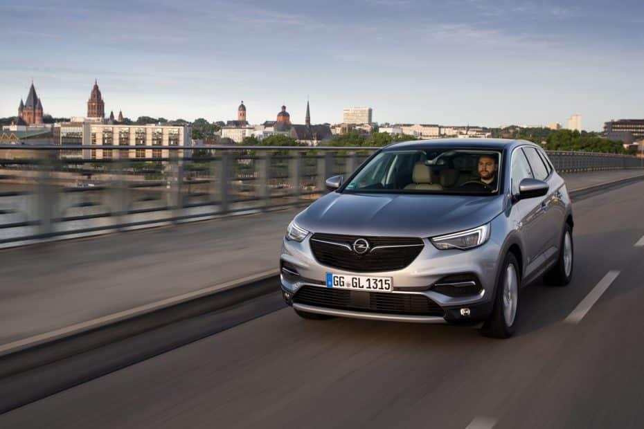 El Opel Grandland X estrena motor de gasolina con 180 CV