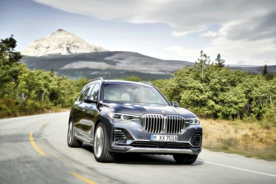 ¡Oficial!: Así es el nuevo BMW X7, un «mastodonte» de 7 plazas cargado de lujo y tecnología