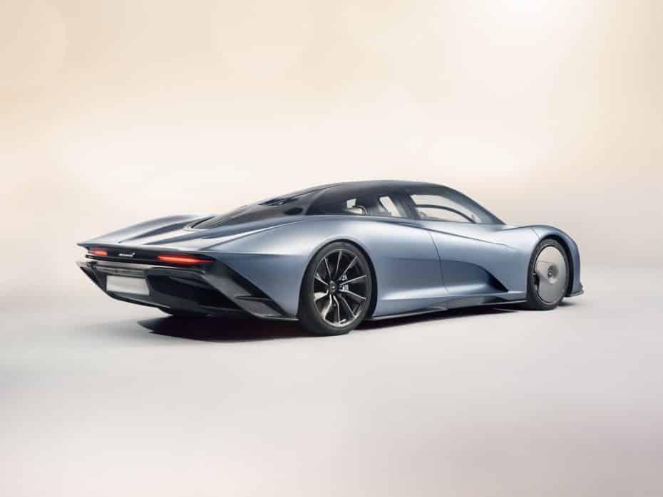 ¡Oficial! Así es el McLaren Speedtail: El superdeportivo más rápido de la marca venido del futuro