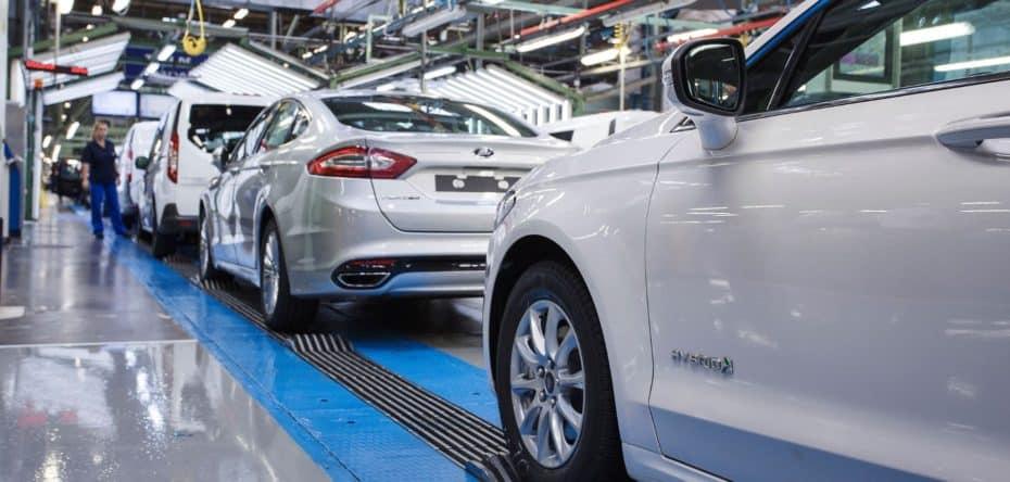 Sí, la variante híbrida del Ford Mondeo 2019 también estará disponible en carrocería familiar