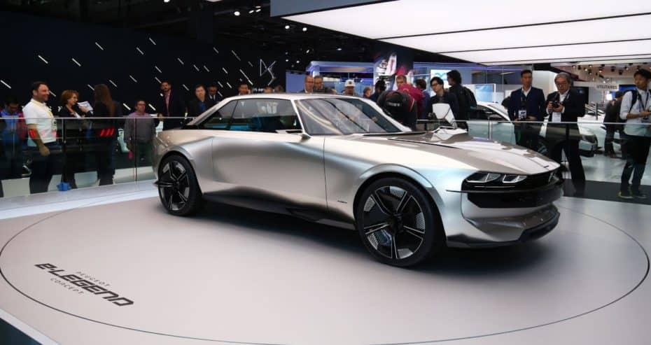 El Peugeot e-Legend concept es espectacular al natural: ¡Queremos llegar a ver este diseño «retro» por las calles!