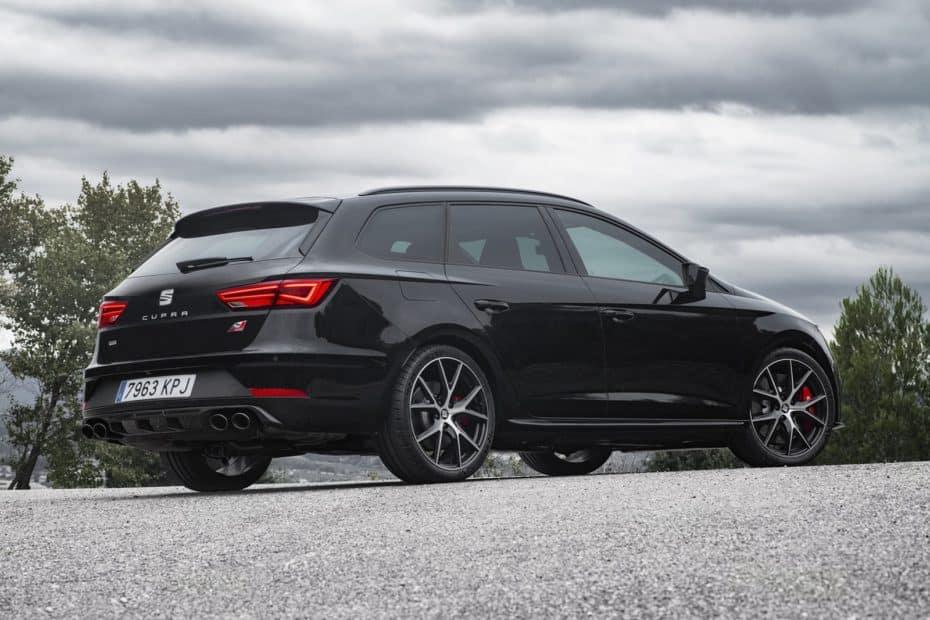 Nuevas imágenes del SEAT León ST CUPRA 'Black Carbon': El SEAT León de 50.000 euros