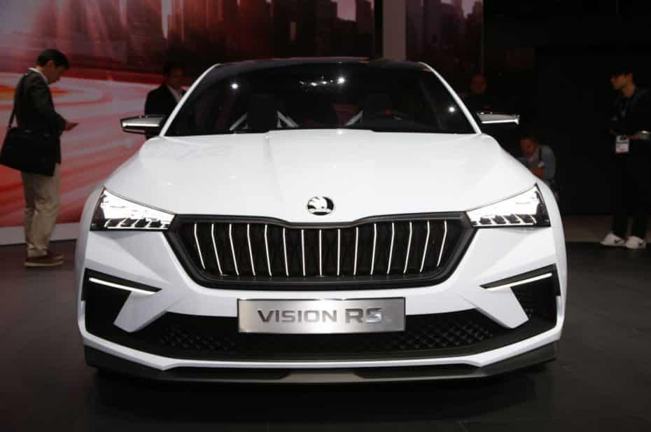 Así es el Skoda Vision RS al natural: El nuevo compacto de la marca adoptará la mayoría de sus líneas