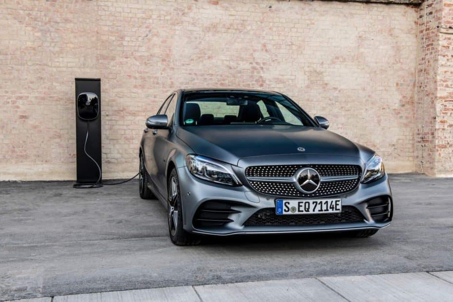 Así es el nuevo Mercedes C300de: Híbrido, enchufable y diésel