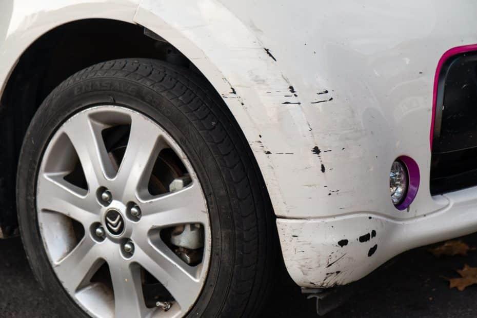 Cómo reparar fácilmente arañazos en el coche