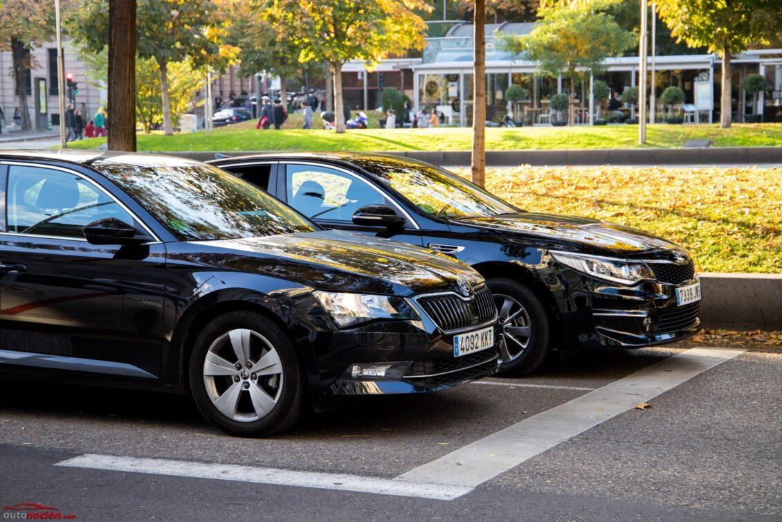 Nuevo golpe para Uber y Cabify: En Cataluña solo podrán reservarse con 6 horas de antelación
