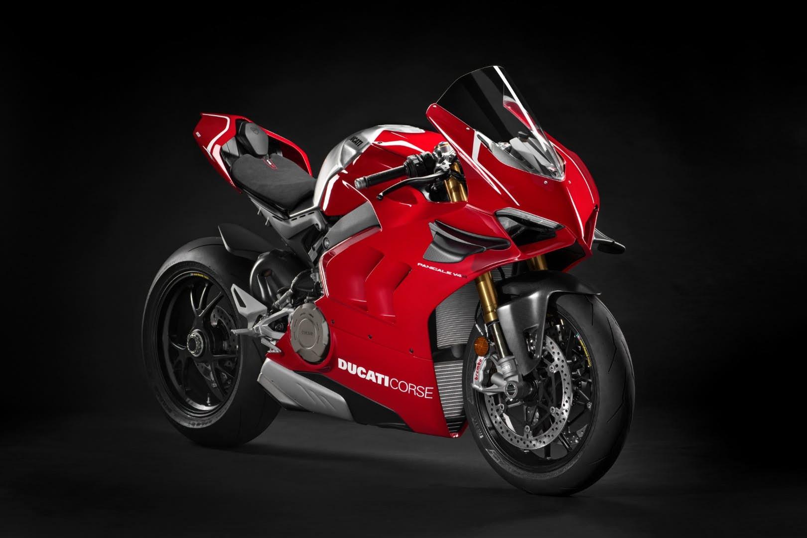 La nueva Ducati Panigale V4R es una moto de carreras homologada para la calle