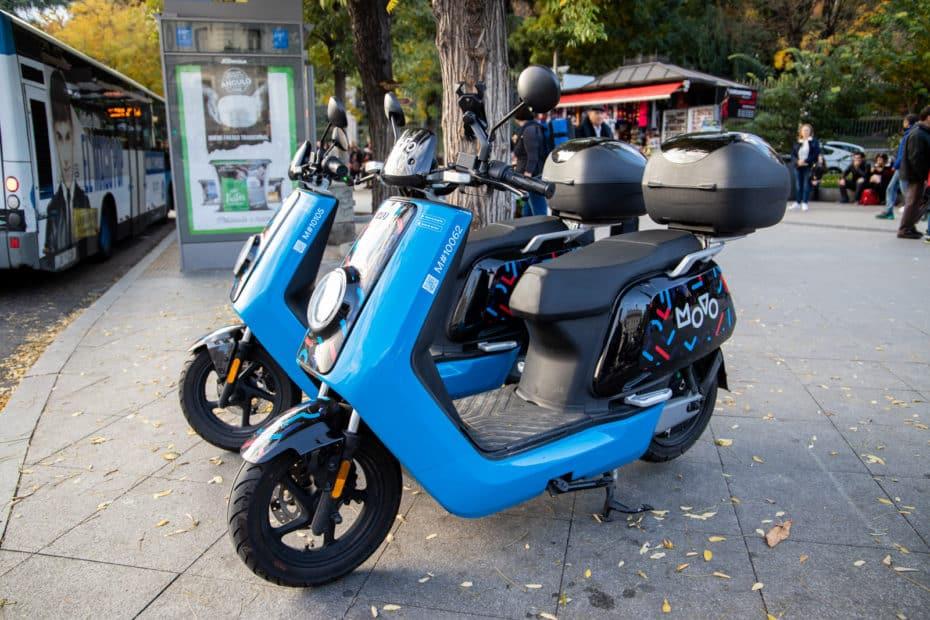 Guía del 'motosharing' en Madrid: Analizamos eCooltra, Muving, Ioscoot, COUP, Movo y Acciona