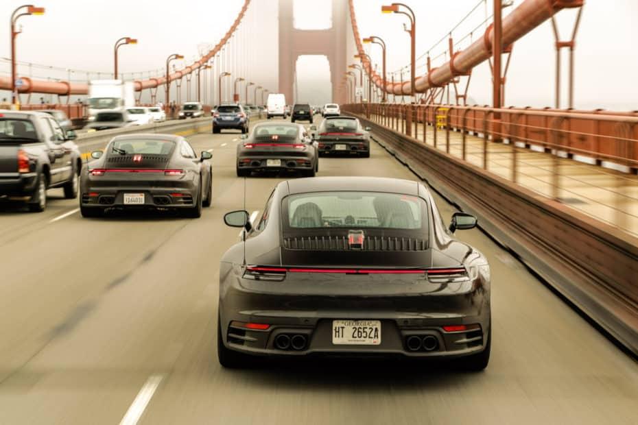 El nuevo Porsche 911 se muestra casi al desnudo durante el programa de pruebas