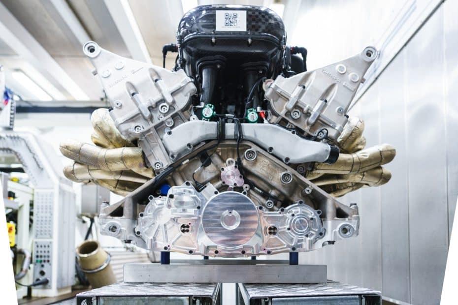 Así es el motor V12 que Aston Martin y Cosworth han desarrollado para el Valkyrie: 1.000 CV a 11.100 rpm