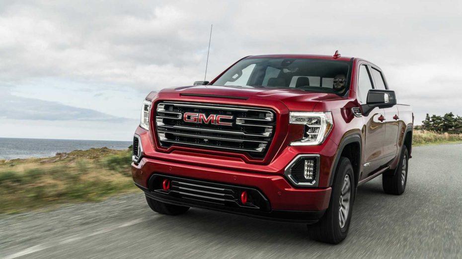 El GMC Sierra AT4 recibe el paquete Off-Road Performance: Más poderoso dentro y fuera del asfalto