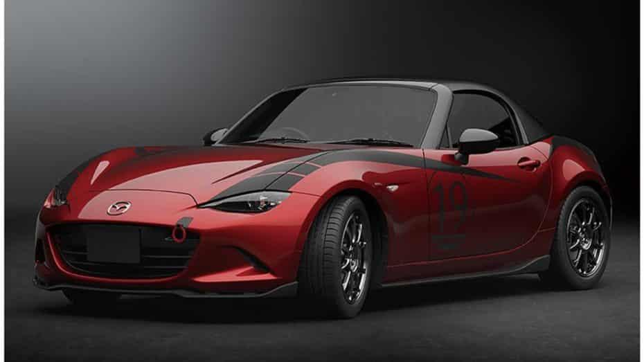 Deportividad y fibra de carbono de fábrica para los Mazda3 y Mazda MX-5