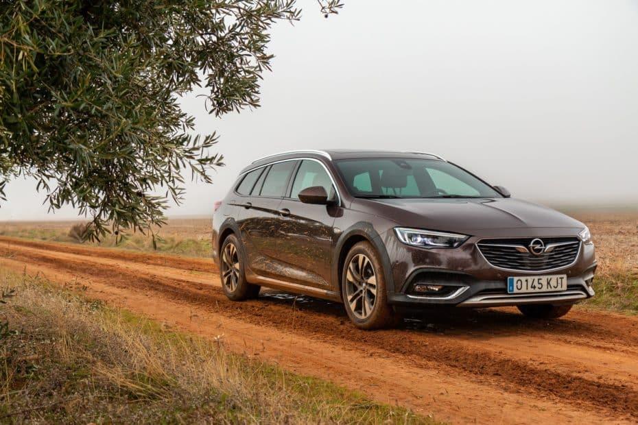 Prueba Opel Insignia Country Tourer 2.0 CDTi BiTurbo 4×4 AT8 210 CV 2018: Soberbia elección