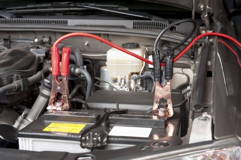 Cómo arrancar un coche sin batería: 6 alternativas que debes conocer