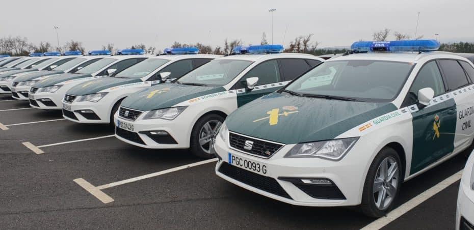 El SEAT León ST 2.0 TDI FR se suma a las filas de la Guardia Civil: Ojo que hay patrullas uniformadas y camuflados