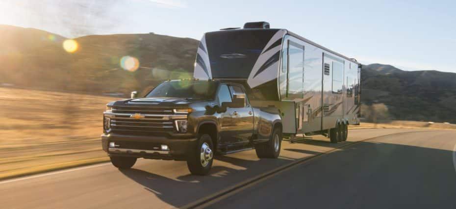 Chevrolet Silverado HD 2020: Hasta 16.102 kg de capacidad de remolque con un V8 diesel de 6.6 litros
