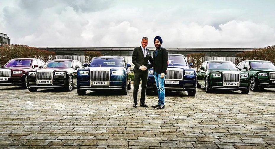 Ir conjuntado nivel: Se compra un Rolls-Royce de cada color para ir a juego con el turbante