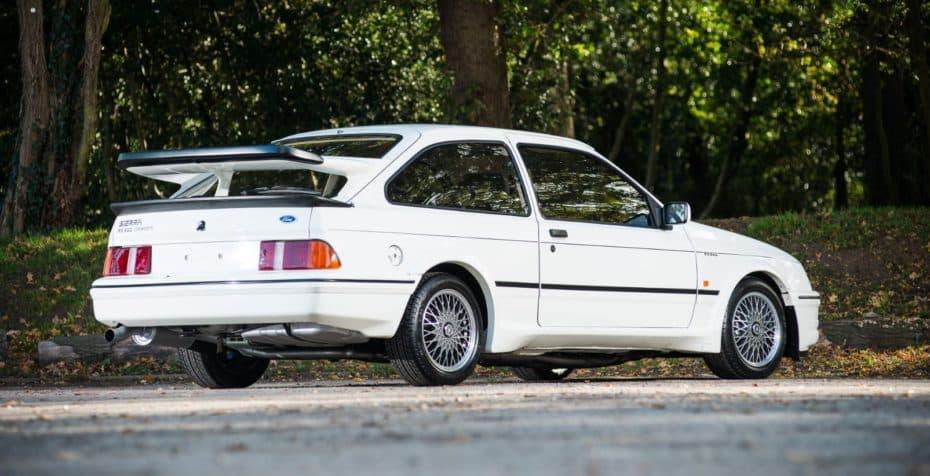 Ford Sierra RS500 Cosworth: Limitado, exótico y con la receta original del óvalo azul