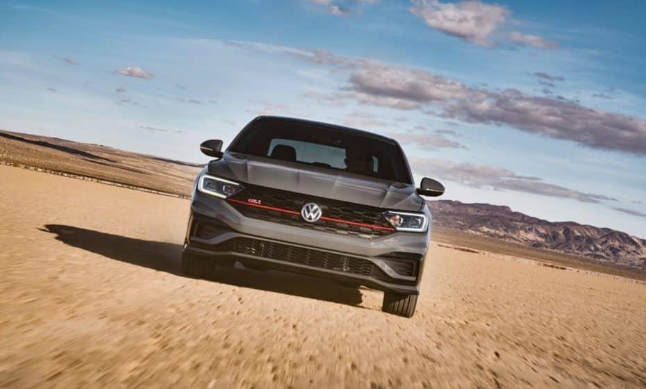 ¡Oficial!, el Volkswagen Jetta GLI debuta con muchos cambios y elementos del Golf GTI y del Golf R