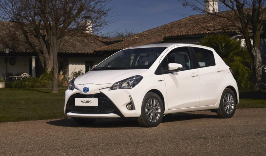 Ya a la venta el Toyota Yaris «ECOVan»: Híbrido y manejable