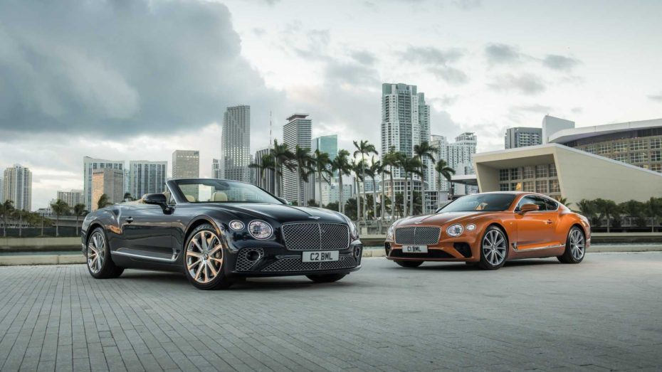Bentley Continental GT V8: Las versiones coupé y cabrio reciben el V8 biturbo de 4.0 litros con 550 CV