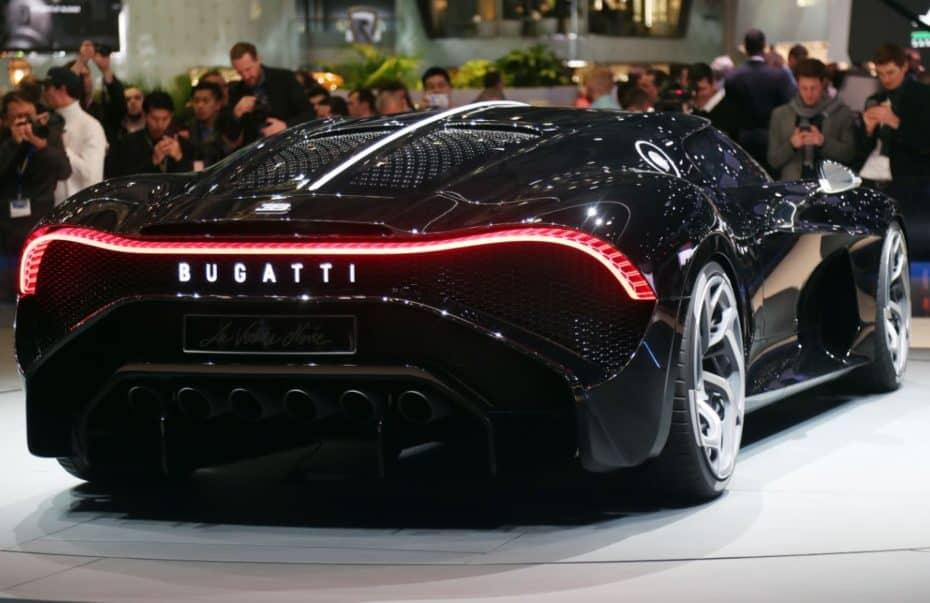 Así de salvaje luce el Bugatti La Voiture Noire: El automóvil nuevo más caro del mundo