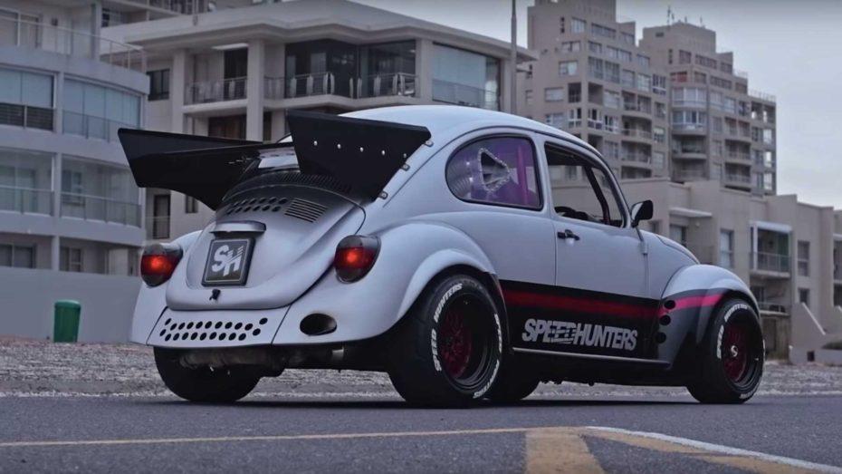 Este Súper Beetle esconde en sus entrañas un motor bóxer EJ20 de Subaru potenciado