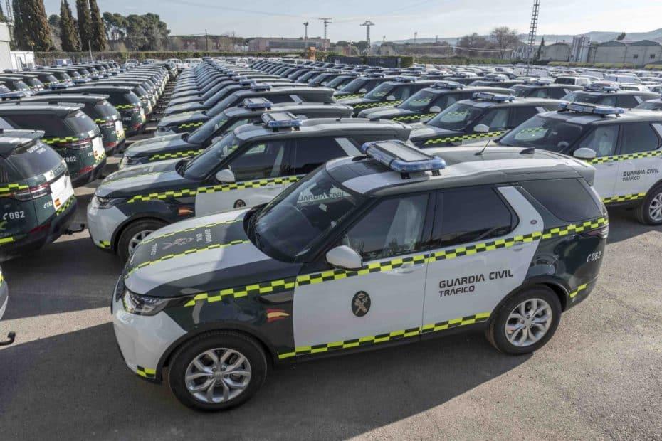 La DGT compra 85 Land Rover Discovery SD4 240 CV: Más de 60.000 € por unidad para tu seguridad