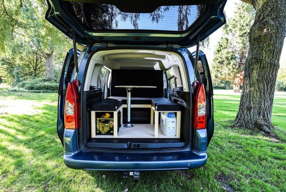 Simple te ofrece convertir tu SUV o comercial ligero en una camper por apenas 642€