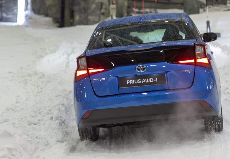 El Toyota Prius 2019 ya está aquí y ahora lo puedes comprar con tracción AWD-i