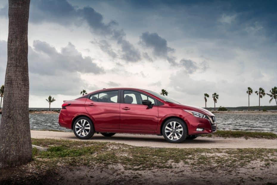 El Nissan Versa estrena generación: Ya no hace daño a los ojos