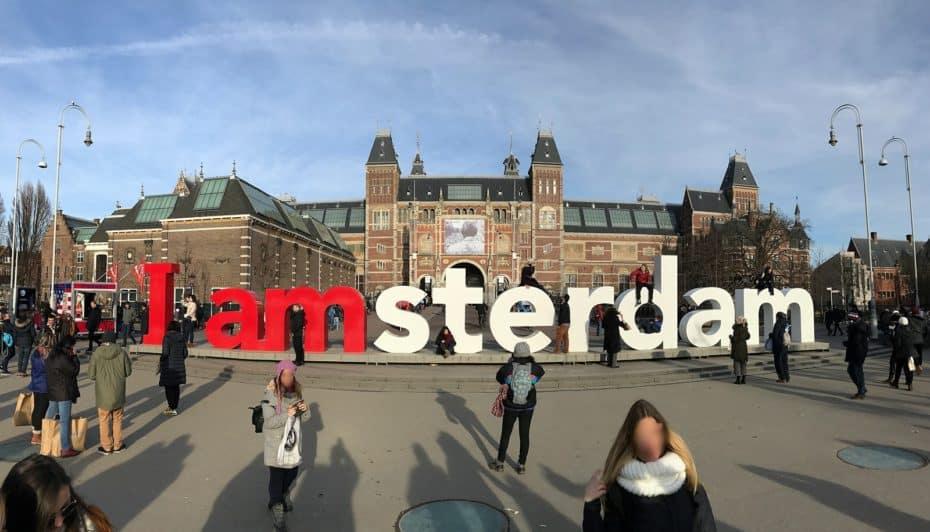 Ámsterdam se suma a la prohibición de los coches gasolina y diésel: Lo hará mucho antes de lo que crees