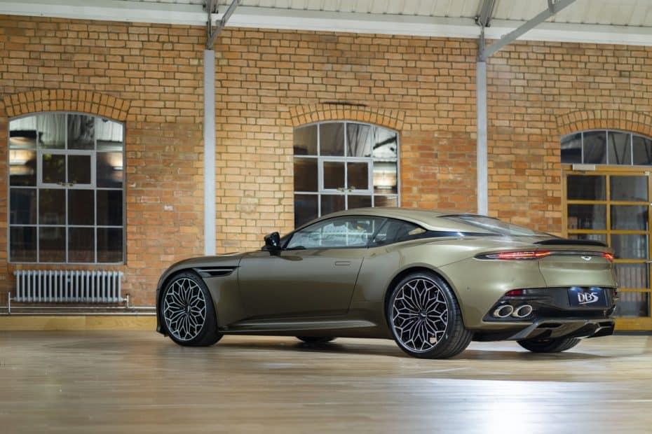 Aston Martin DBS Superleggera OHMSS Edition: Lo más parecido al coche de 007 que puedes comprar