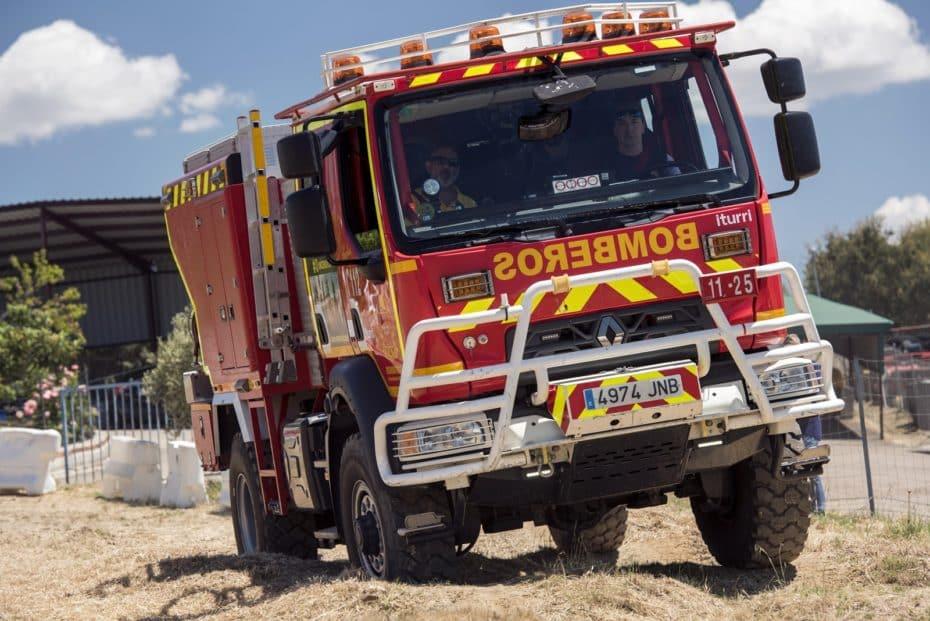 Así vivimos la 'I Off Road Challenge by Renault Trucks': Una jornada campo a través con camiones de bomberos forestales