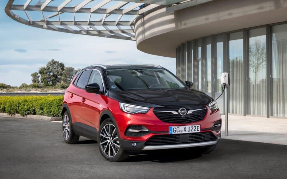 Llega el Opel Grandland X de 300 CV: La versión híbrida enchufable con etiqueta Cero emisiones