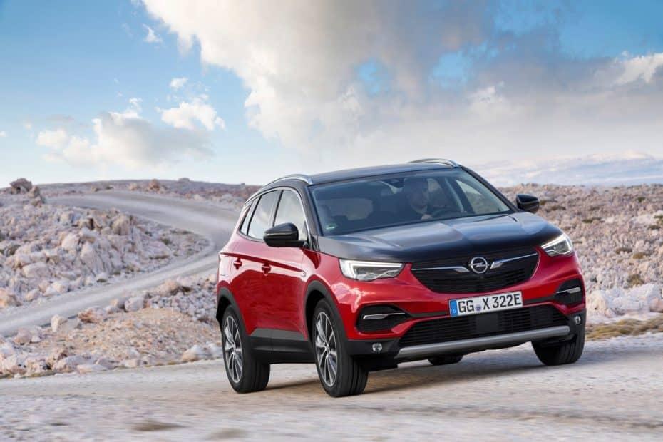 El Opel Grandland X híbrido 4×4 ya tiene precio en Francia: Muy caro