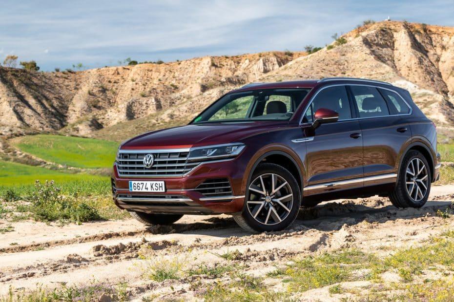 Prueba Volkswagen Touareg Premium 3.0 V6 TDI 231 CV 2019: La 'barcaza' se siente más ligera que nunca