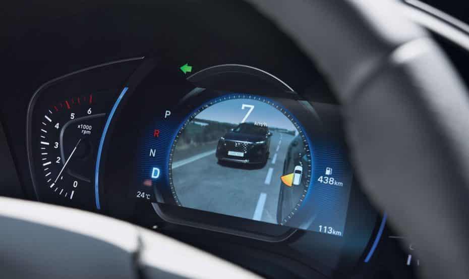 Así es la monitorización de ángulo muerto con vídeo de Hyundai: ¿Mejor que los retrovisores virtuales?