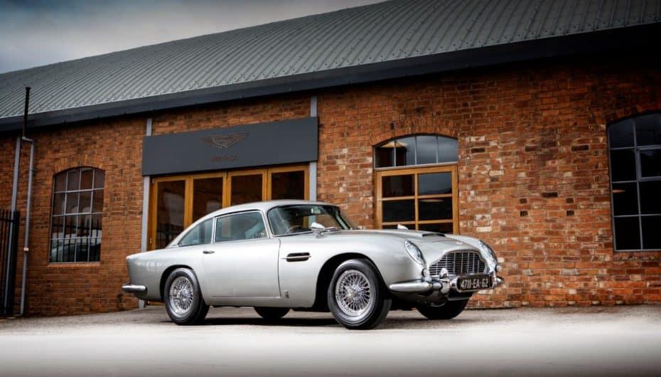 El Aston Martin DB5 de 007 subastado por una cifra récord, más de 6.3 millones de dólares