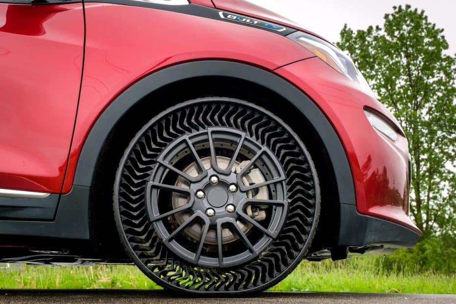El neumático del futuro no tendrá aire y Michelin planea comercializarlo en 2024
